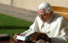 Benedetto XVI: card. Müller ha difeso la tradizione nello spirito di Papa Francesco