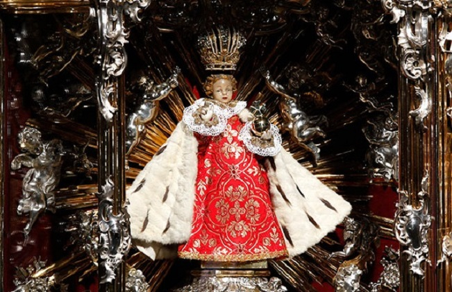 Child_Jesus_of_Prague_(original_statue)