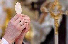 Ci sono 14 meraviglie che ti parlano del grande potere della Santa Messa. Scopriamole insieme
