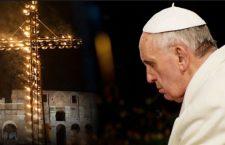 Cosa fare il Venerdì? Papa Francesco ci suggerisce 8 validi motivi per partecipare alla Via Crucis
