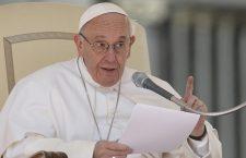 Papa Francesco: la fede non si può comprare, ma si può chiedere