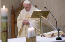 Papa Francesco: il profeta è sempre un uomo di speranza