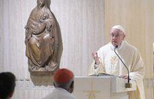 Papa Francesco ci domanda: cosa ha fatto Gesù nella mia vita? Come rispondo a questo amore?