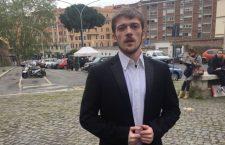 +++ Il papà di Alfie ha incontrato Papa Francesco in Vaticano da pochi minuti