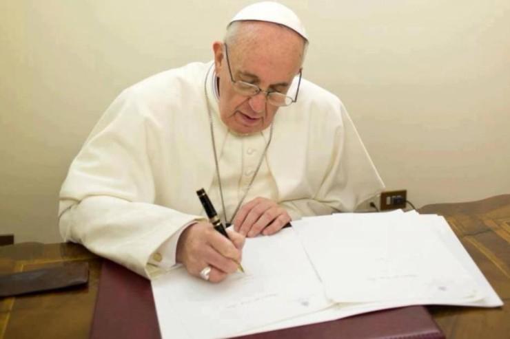 L'importante lettera di Papa Francesco al Popolo di Dio: Solidarietà per le vittime e tolleranza zero