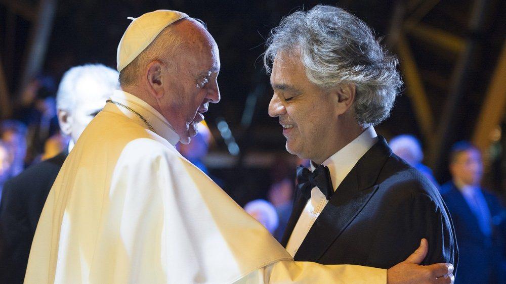 Andrea Bocelli e Papa Francesco