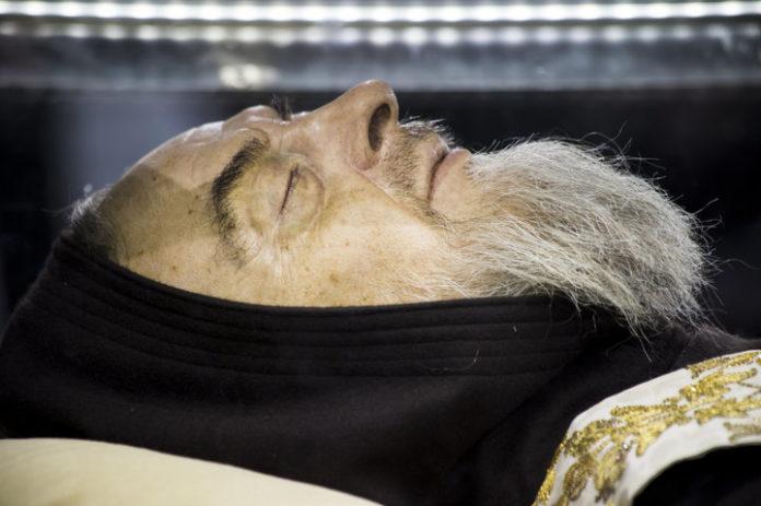 Padre Pio corpo