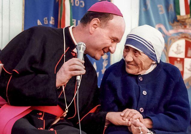 Comastri con Madre Teresa a Massa Marittima