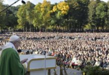 Papa Francesco Angelus a Kaunas