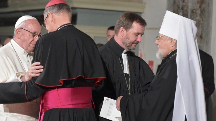 Papa FRancesco incontro ecumenico a Riga