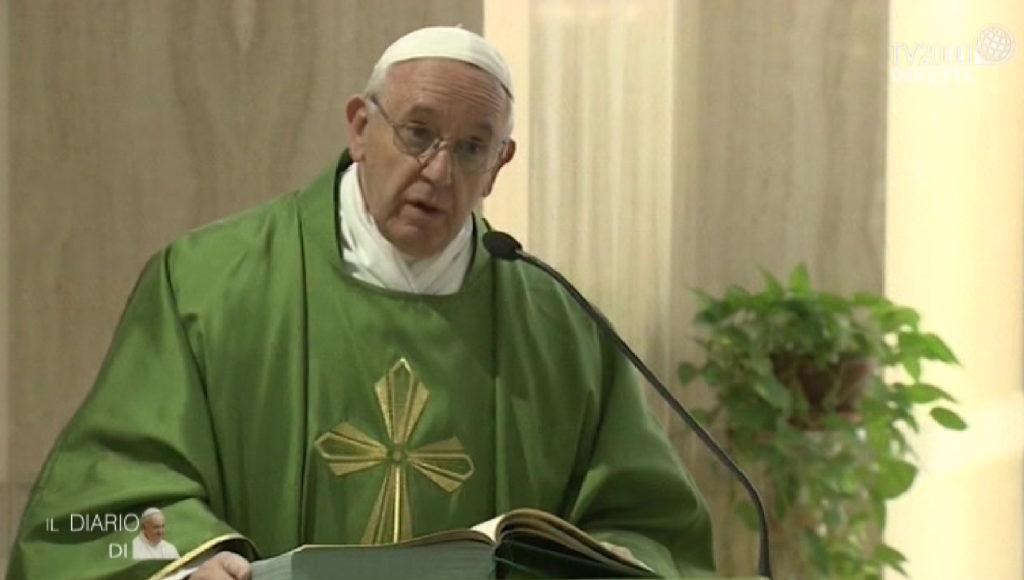 papa francesco santa marta messa