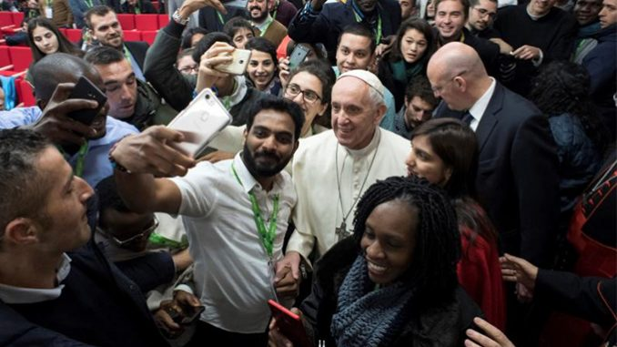 papa francesco sinodo 2018