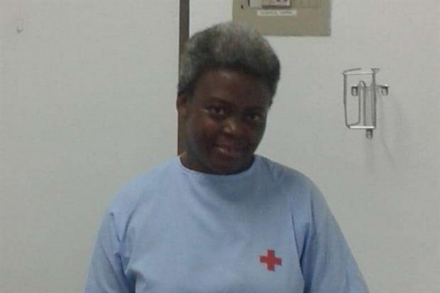 Josepha dopo quasi 3 mesi, curata dalla Croce rossa spagnola. I capelli sono diventati bianchi