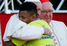 Papa Francesco volontari