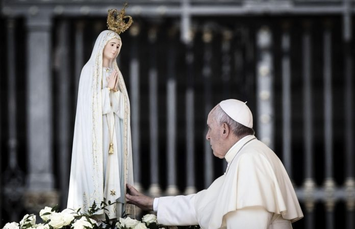 Ogni giorno Una Lode a Maria, 8 gennaio 2021. Maria, madre della Chiesa, prega per noi!