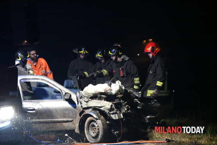 Incidente stradale a Vignate - Foto Bennati (3)