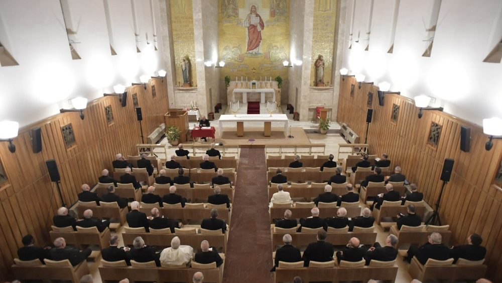 Papa Francesco esercizi spirituali