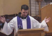 preghiera di guarigione guidata da fra Zvonimir Pavičić