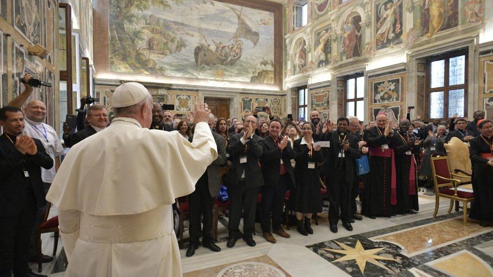 Papa Francesco ai partecipanti al Congresso della Federazione Biblica Cattolica