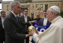 Papa e Lega Dilettanti