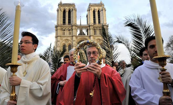 Corona Notre Dame