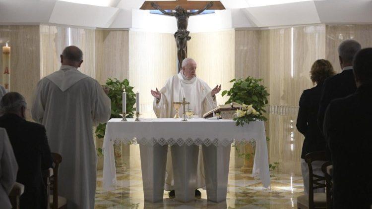 Papa Francesco agli allenatori: