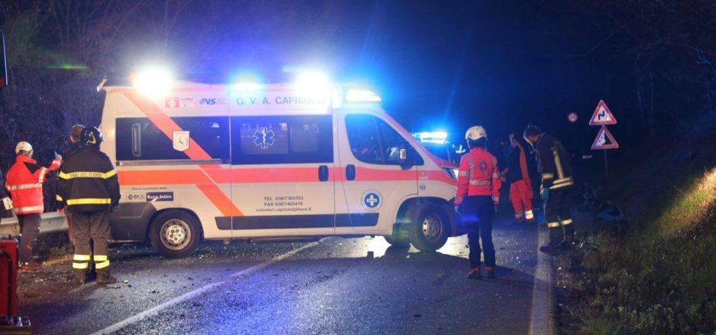 incidente_vigili_ambulanza