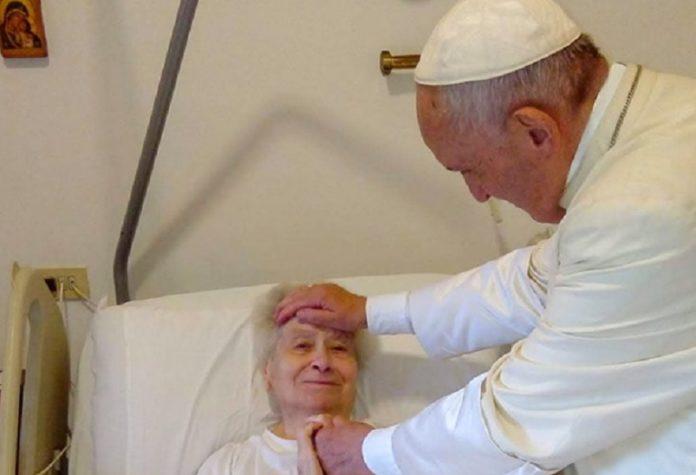 papa.esce.dal.vaticano