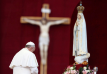 pope-francis-and-fatima.