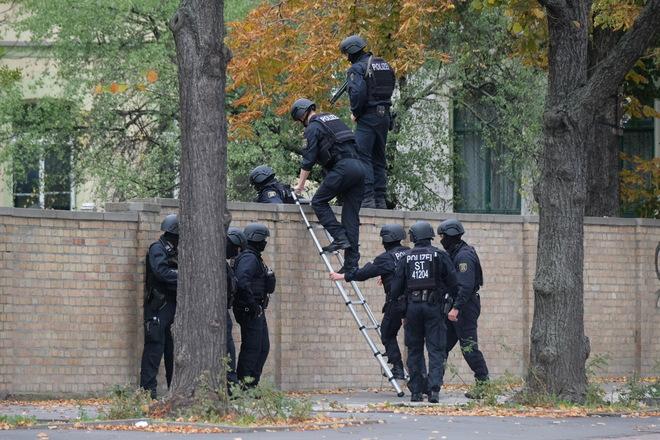 Germania, sparatoria davanti alla sinagoga di Halle: ci sono morti