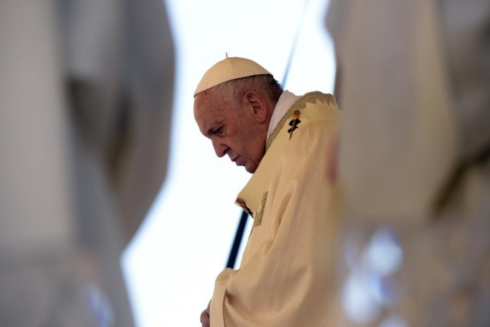 Papa Francesco Angelus appello per la Siria