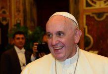 Papa Francesco ai gesuiti: il nostro mondo 'spezzato' ha bisogno di ponti!