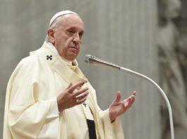 Papa Francescoalla Messa per la Vergine di Guadalupe: Maria è donna, madre e 'meticcia'