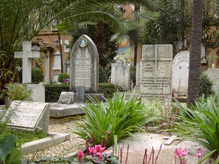 cimitero teutonico tomasito storia