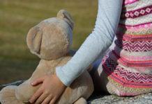bambina di 6 anni abbandonata in discarica anastasia