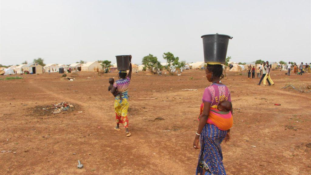 In Burkina Faso. Quasi due milioni di persone senz'acqua