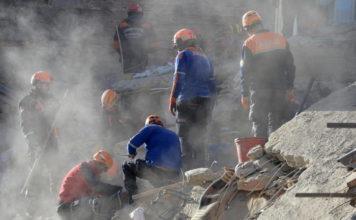 Terremoto di magnitudo 5.7 in Iran, 7 morti in Turchia. Tra le vittime 3 bimbi, 5 feriti