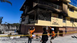 Haiti, incendio in un orfanotrofio. Numerose vittime tra bambini e neonati3