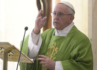 Papa Francesco 'La medicina contro la durezza del cuore è la memoria'