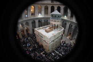 Terra Santa. Comincia la mappatura digitale del pavimento della Basilica del Santo Sepolcro2