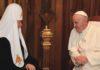 Tre cardinali lanciano un appello ai vescovi europei 'Ricollocare in Europa i rifugiati di Lesbo'