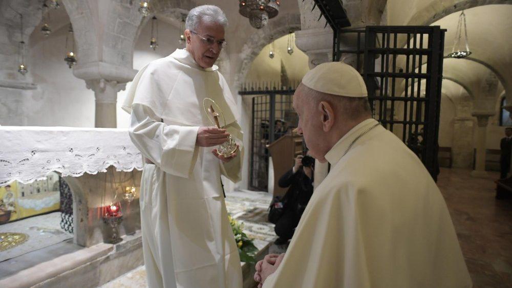 papa francesco bari 1