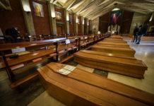 bare ammassate in chiesa seriate