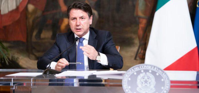 Non la Regione Lombardia, che ne aveva pieno potere, né il governo, che ha lasciato cadere la proposta del Comitato tecnico scientifico