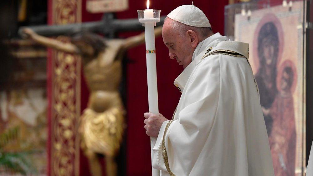 Papa Francesco Veglia Pasquale 2020 copertina