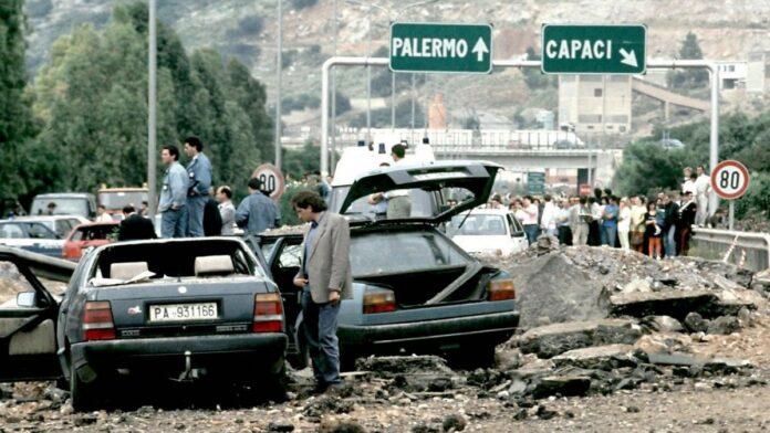 ricordare la strage di Capaci del 23 maggio 1992, costata la vita a Giovanni Falcone a sua moglie e a tre agenti della scorta. Ampio spazio in tv, web e radio