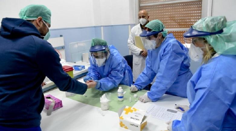 Coronavirus, salgono i nuovi contagi