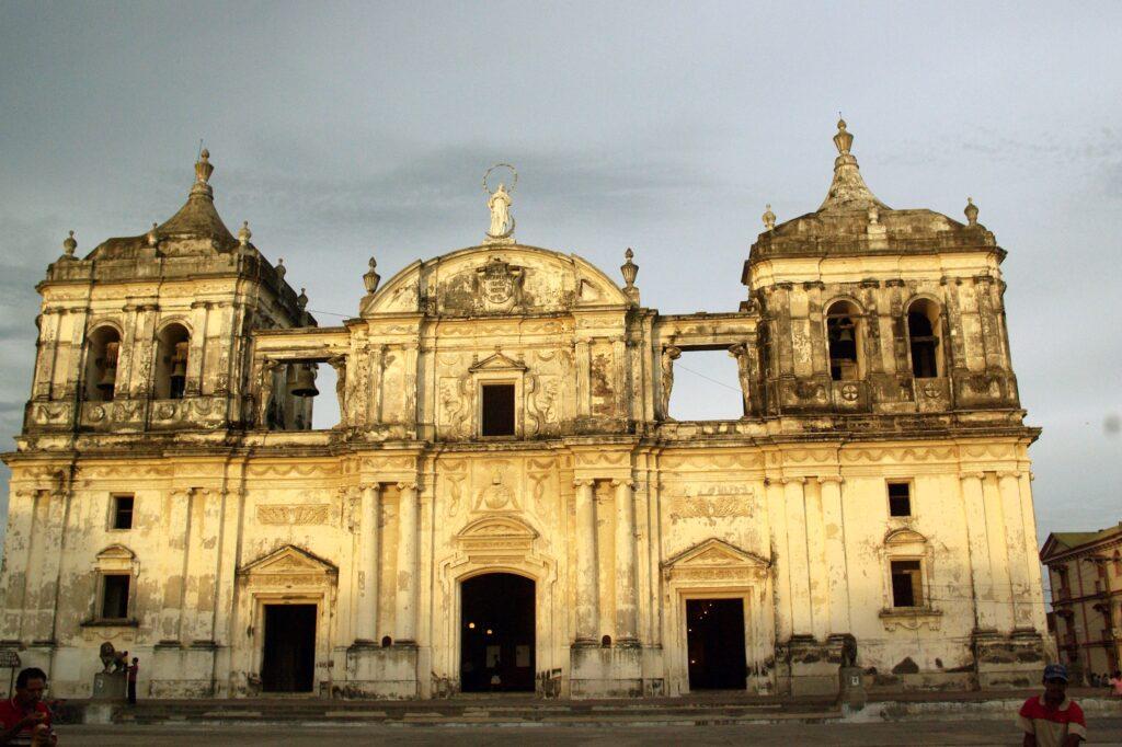 Catedral_de_la_Asunción,_León