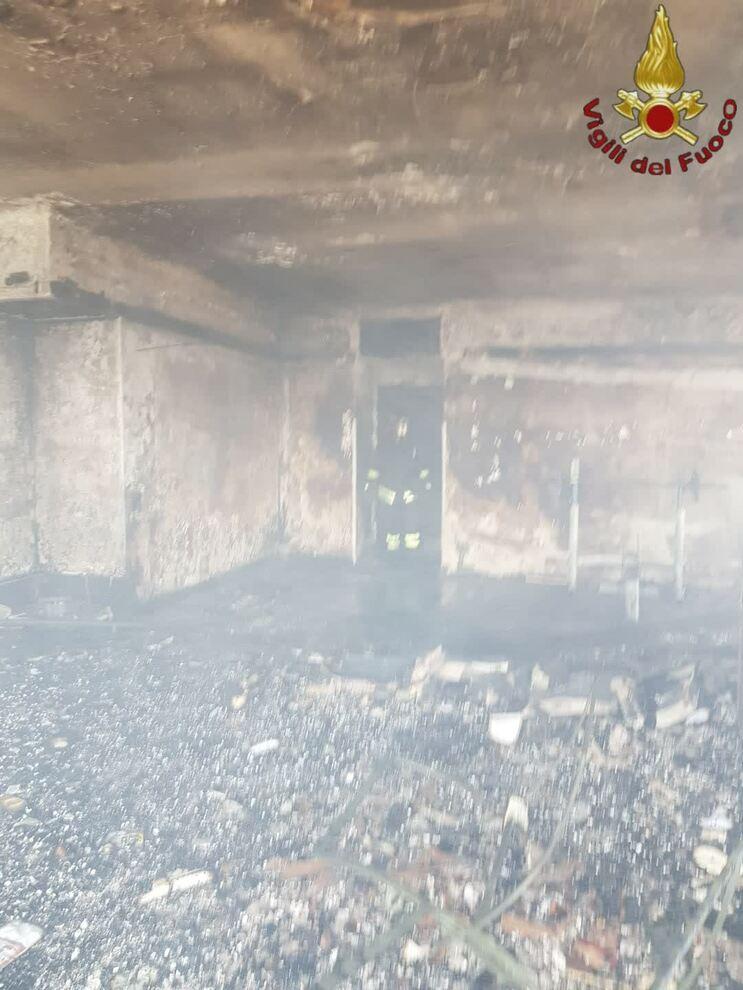 Roma, appartamento in fiamme ai Parioli