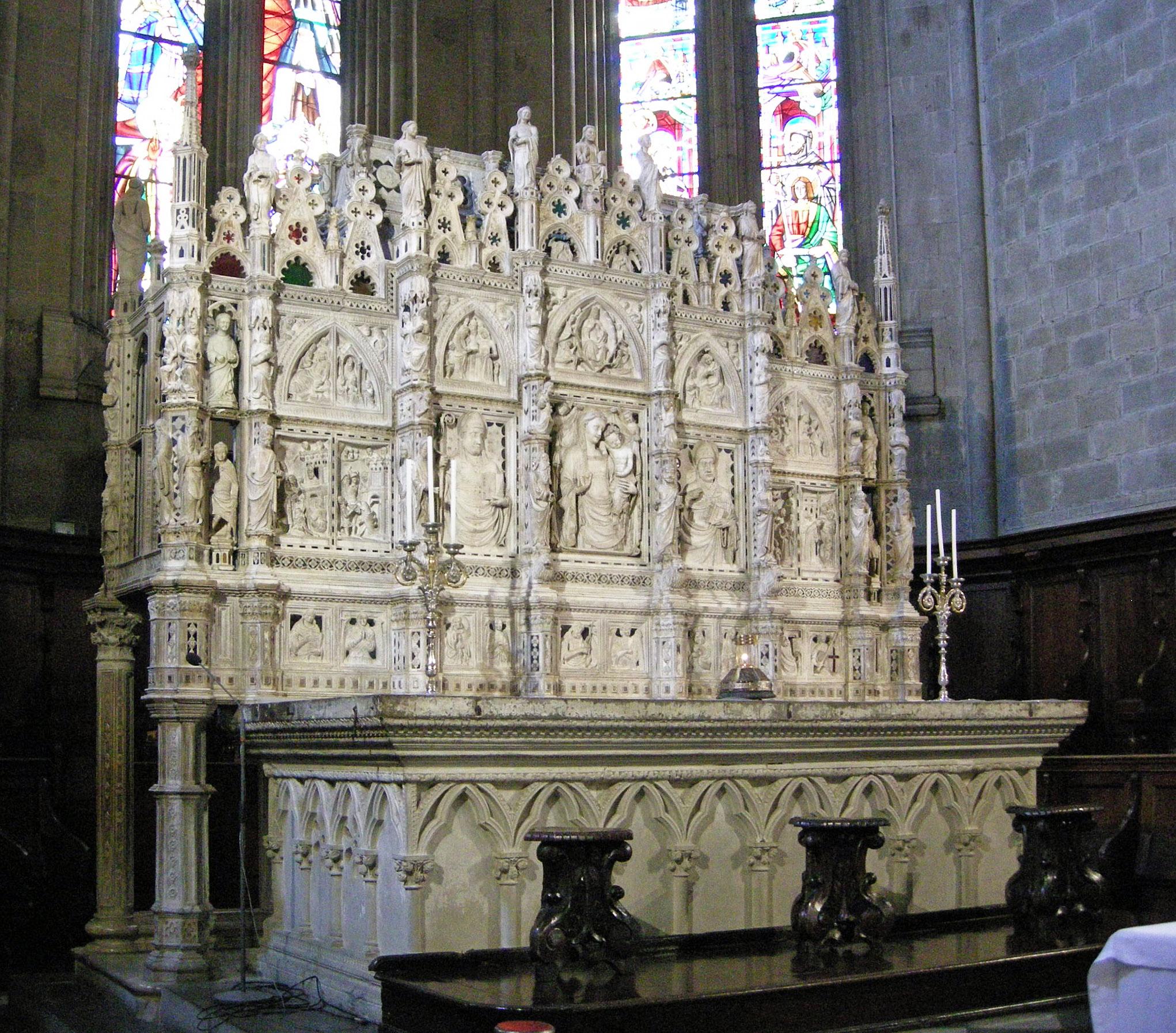 Arca marmorea di san Donato nel Duomo di Arezzo